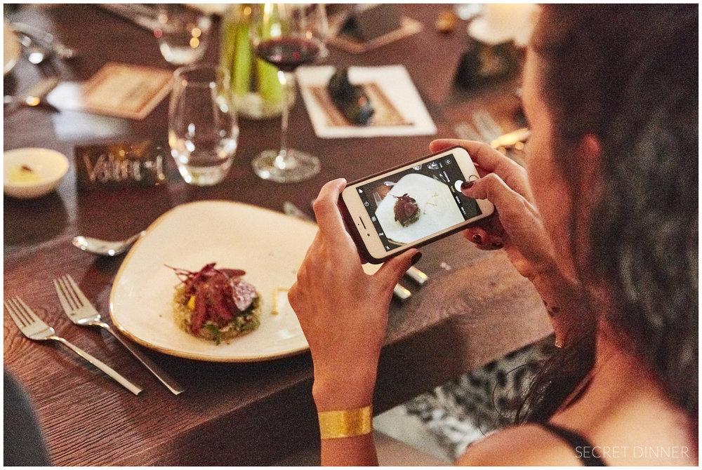 Secret Dinner_Downtown_Schrift_neu_102.jpg