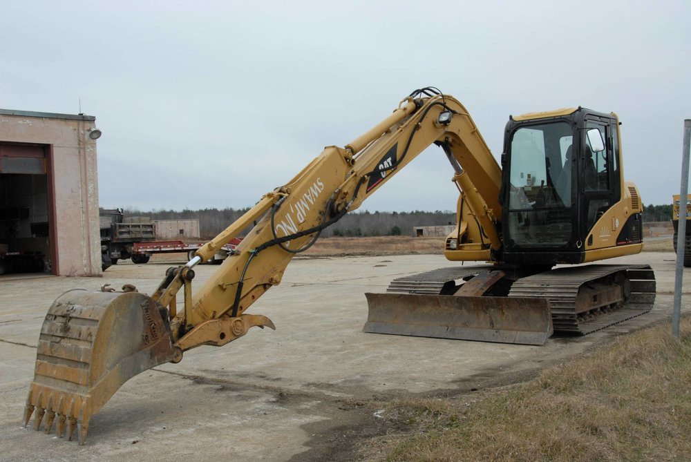 Low Ground Pressure Excavator