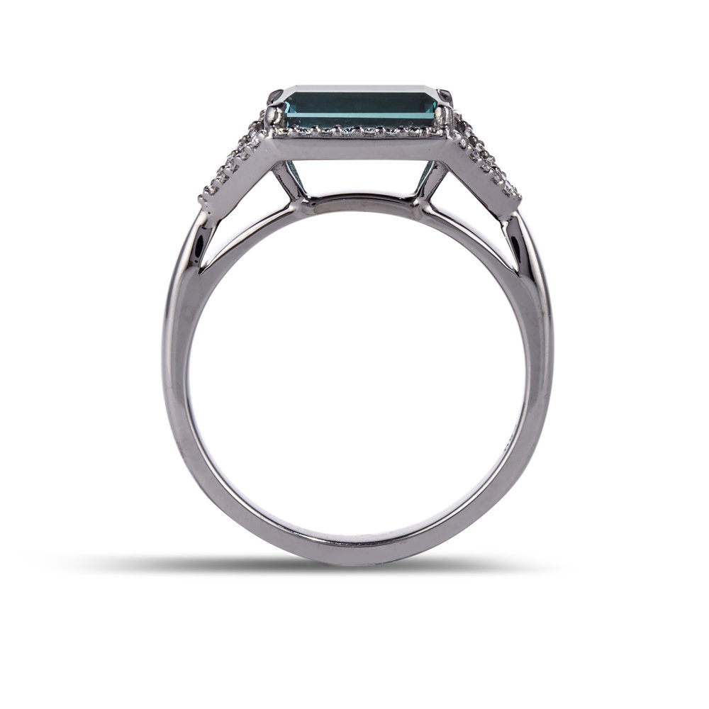 emerald diamond platinum ring product image 3 .jpg