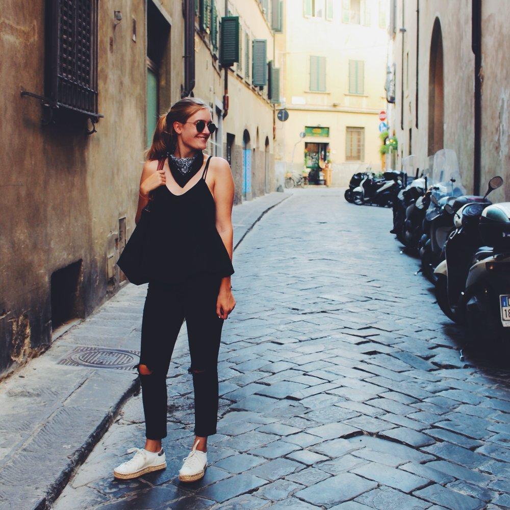 Street Style #italy | The Gilded Guru.JPG