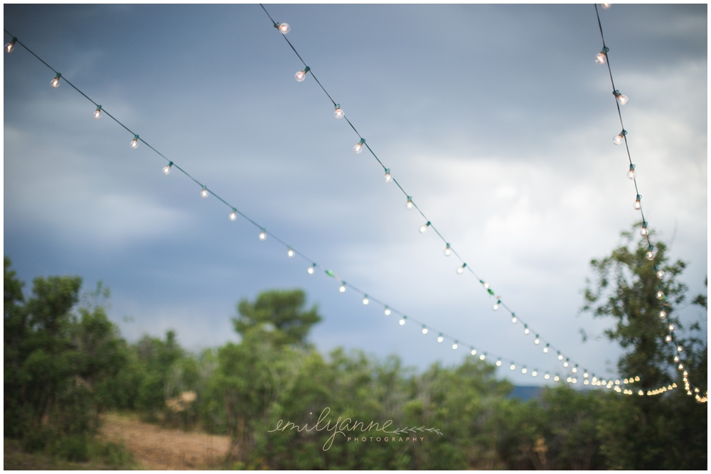 www.emilyanne-photography.com || Castle Rock Wedding || August