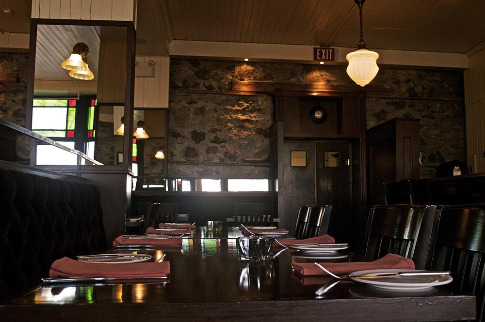 Star Dining Room.jpg