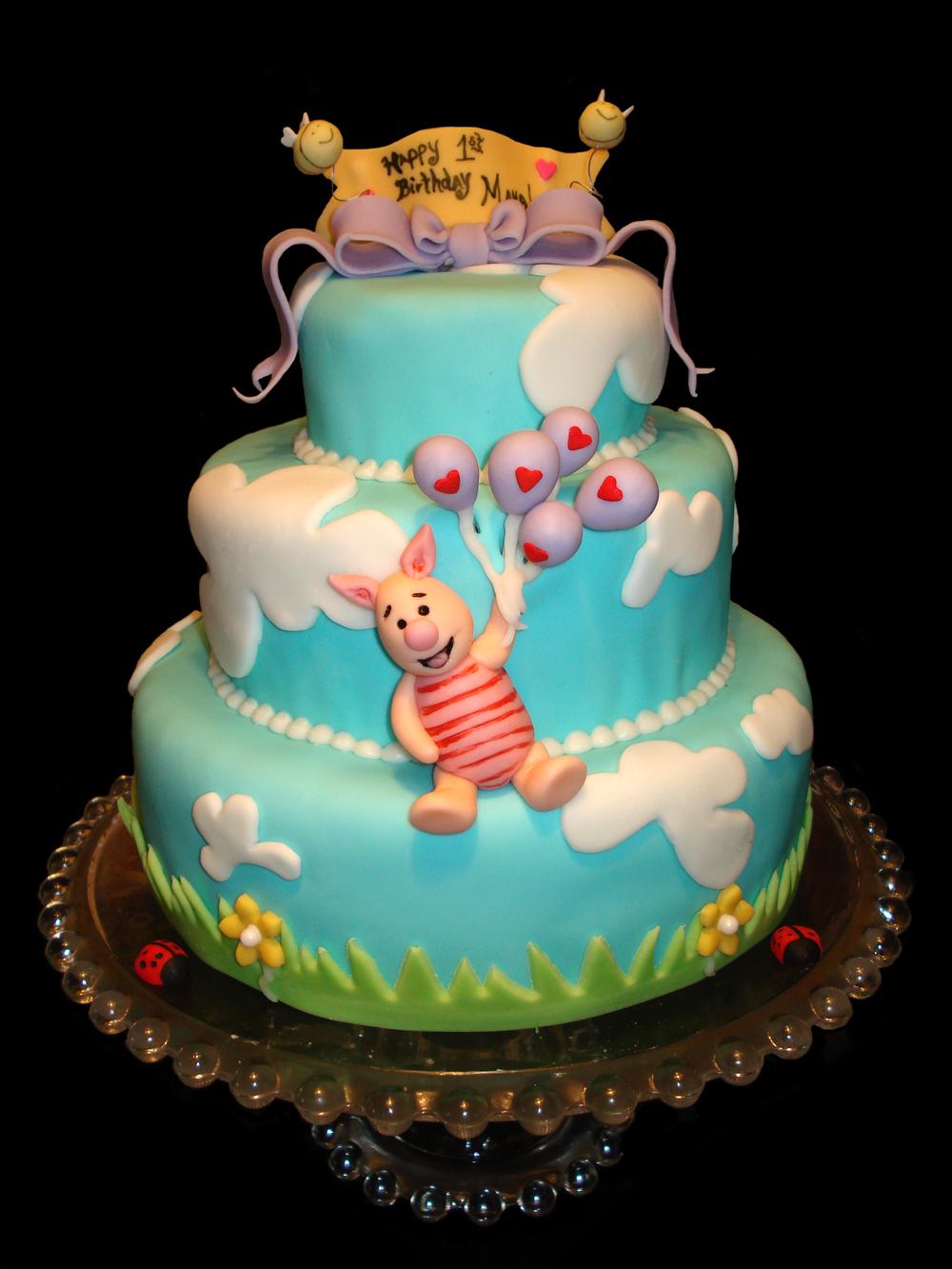 xPiglet Cake.jpg