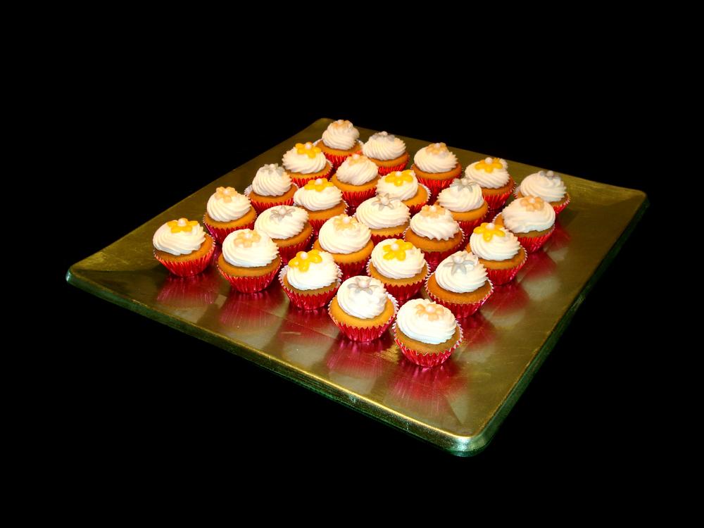 xMini Cup Cakes.jpg