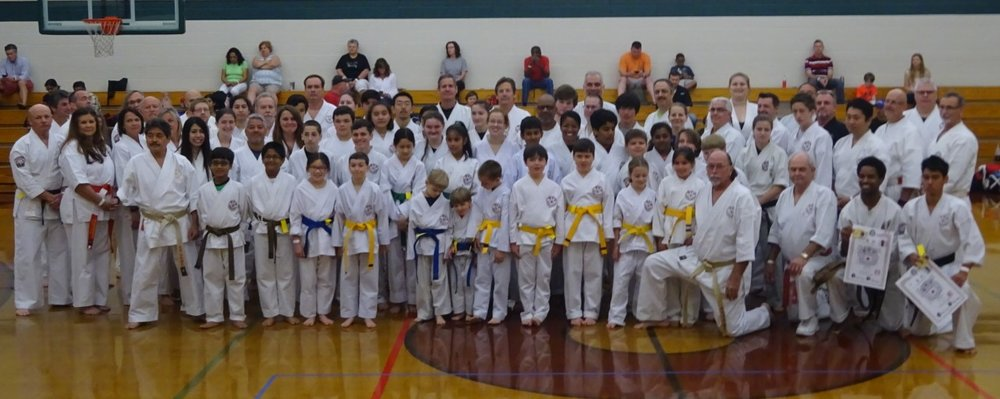 In the performances of this year's attendees, we saw strong spirit, good kata, and great fighting from kyu belts to black belts, youth to senior division. Let's see if we can make the competition even tougher next year with more attendees!
