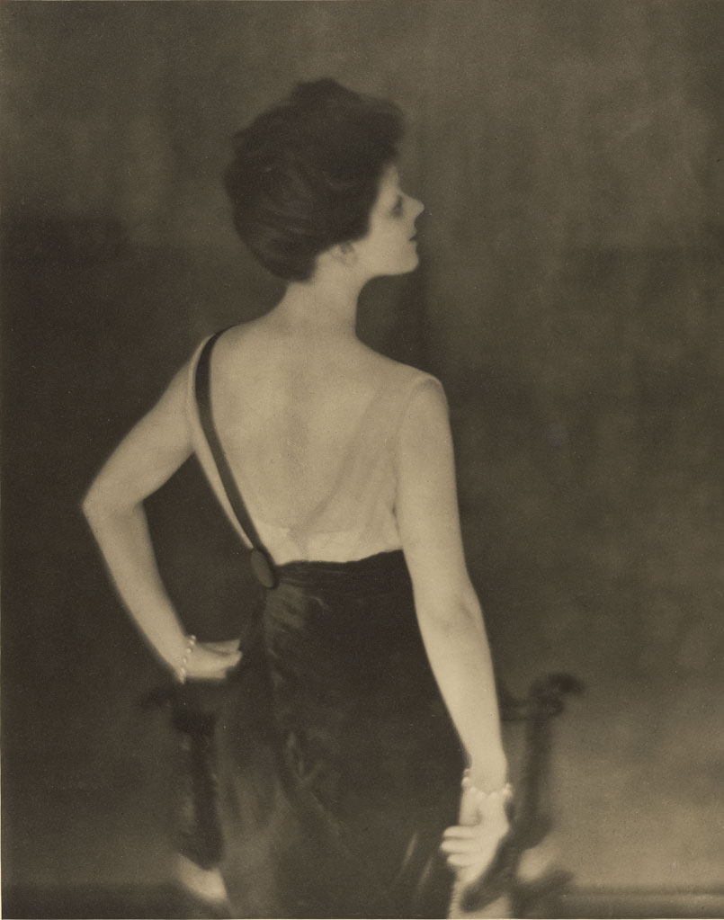 Rita de Acosta Lydig, negative 1913; print 1914, Baron Adolf De Meyer, gelatin silver print. The J. Paul Getty Museum