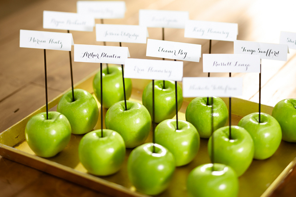 SP13_PBWedding_supercat_appleplacecards_dm-27_o.jpg