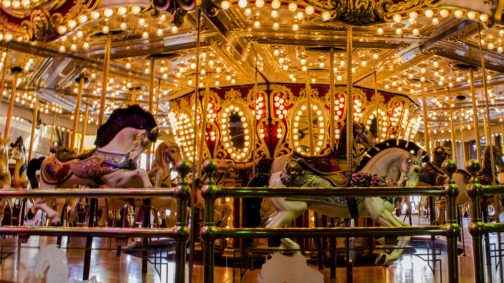 Seattle's waterfront Carousel, taken by Sworldguy on Flickr