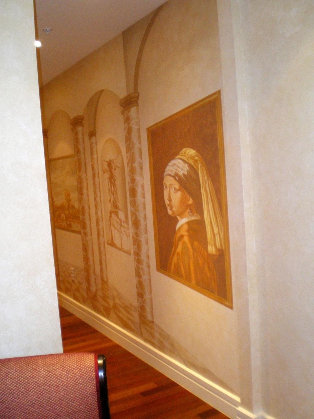 mural G118.JPG