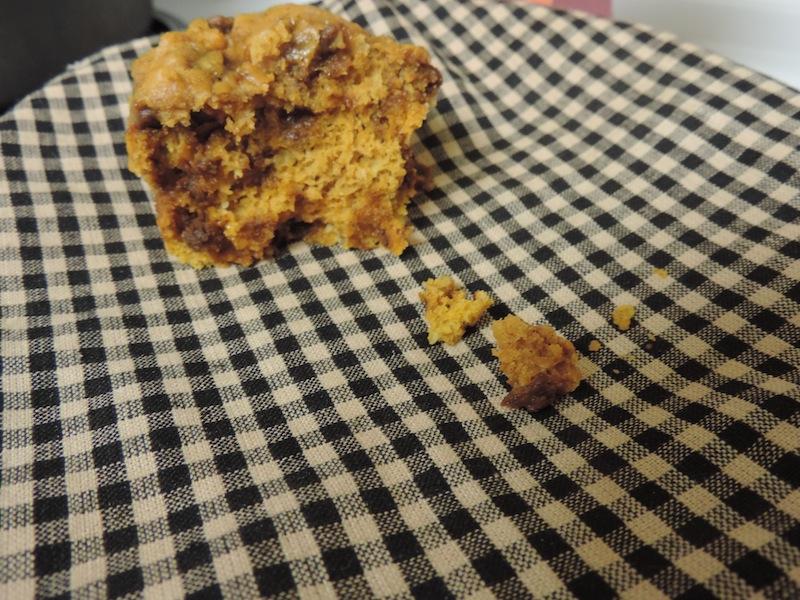 spice pumpkin cin muffins 2.JPG
