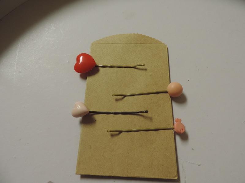 Vintage Button Hair Pins 3.JPG