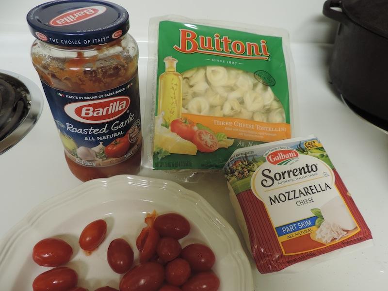 Easy baked tortellini1.JPG
