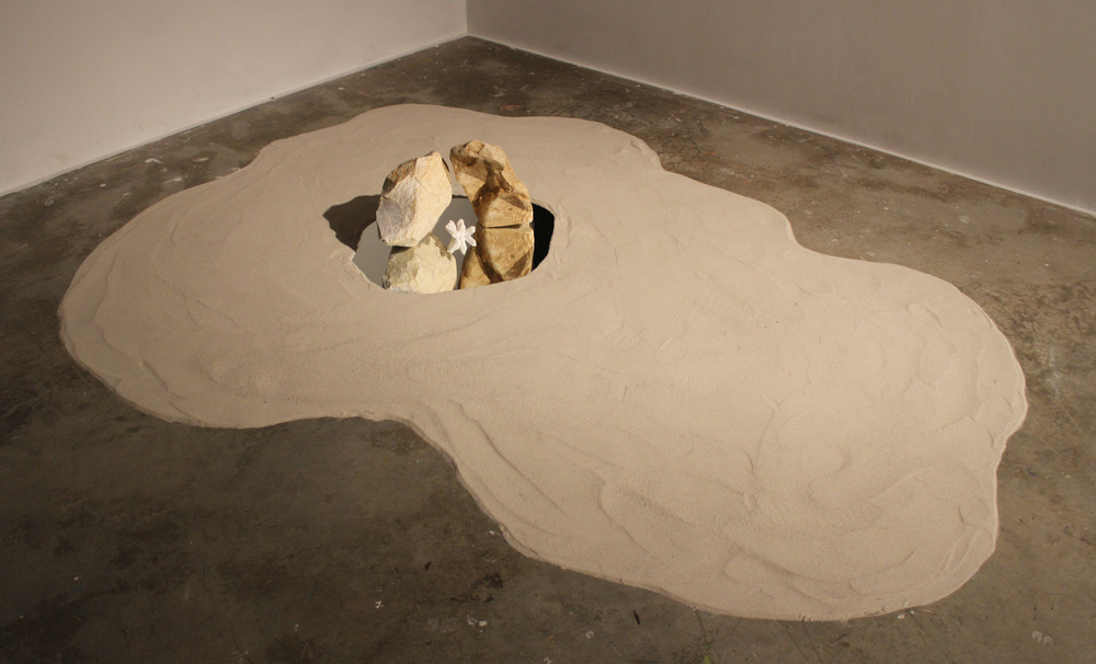Psycho Spatial Landscape 03, Quartzine Sandstone, Mirror, Sand, Paster, 2013@Devra Freelander