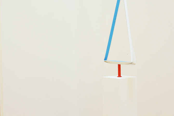 Untitled,  blue tape on a bent plastic bar, orange plastic pipe, ball attached broken glasses, plastic mashes, etc, 2015 @DongKwang Jo