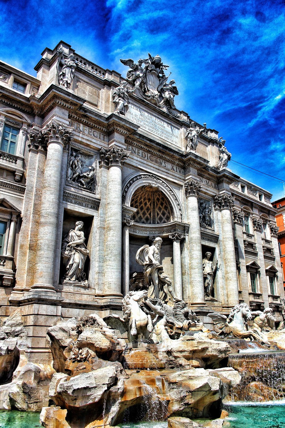 trevi fountain High Contrast_2.jpg