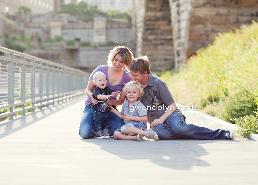 minneapolis_urban_family_photographer