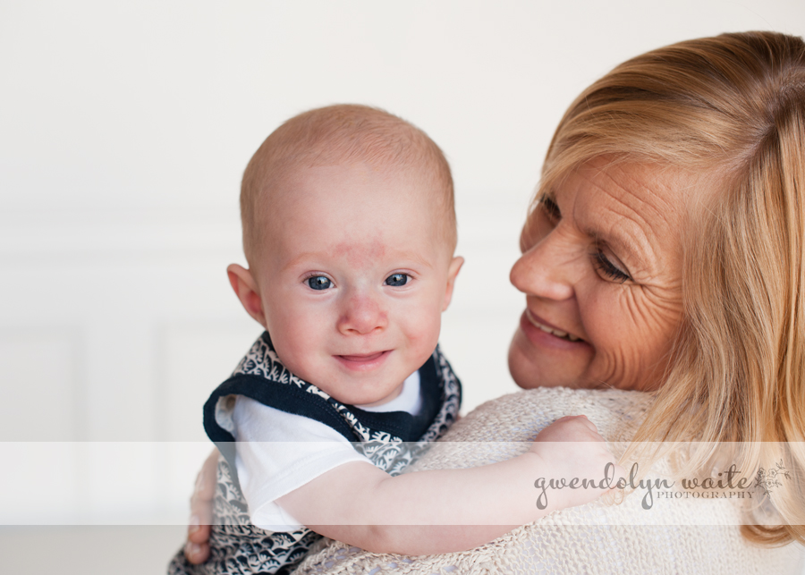 twin cities baby photographer