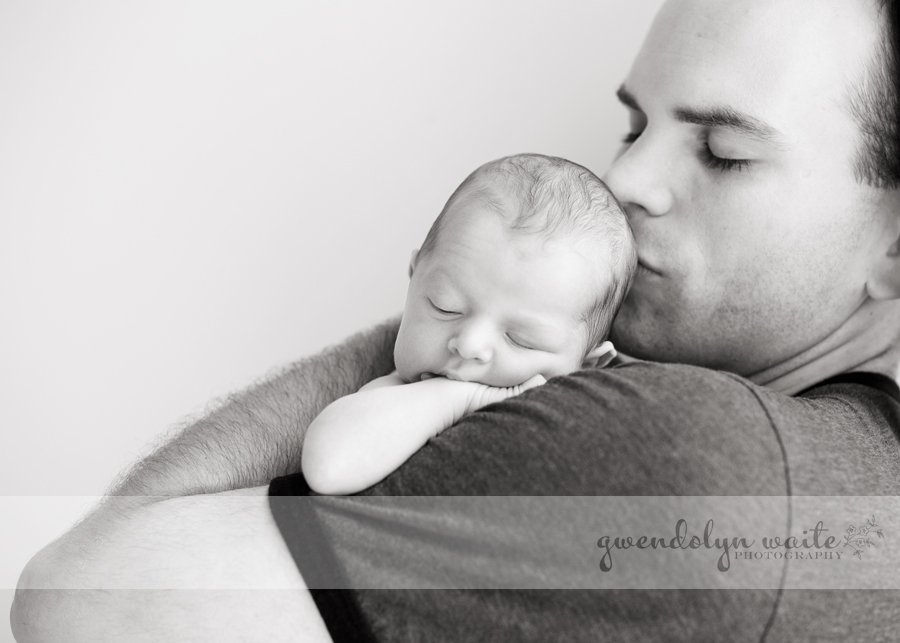 newborn and daddy portrait