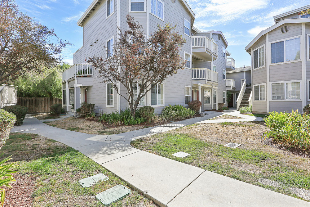 New listing Mountain View townhome