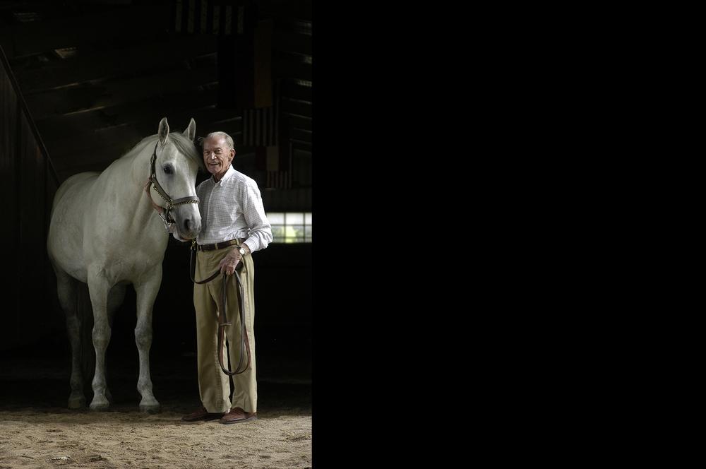 PU_Paul Kinnucan Rescue of Lippazan Horses WWII.jpg
