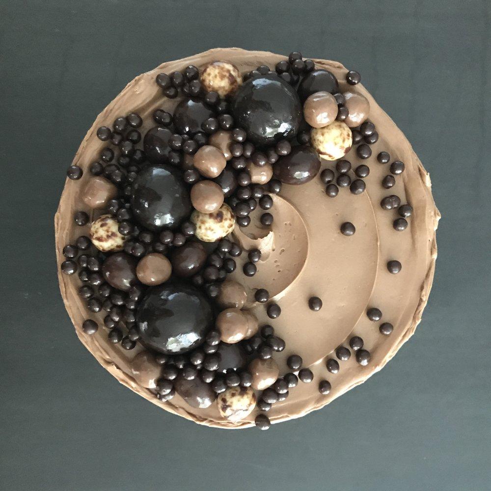 Espresso (Standard) - dark chocolate sponge, espresso soak, dark chocolate ganache, coffee buttercream