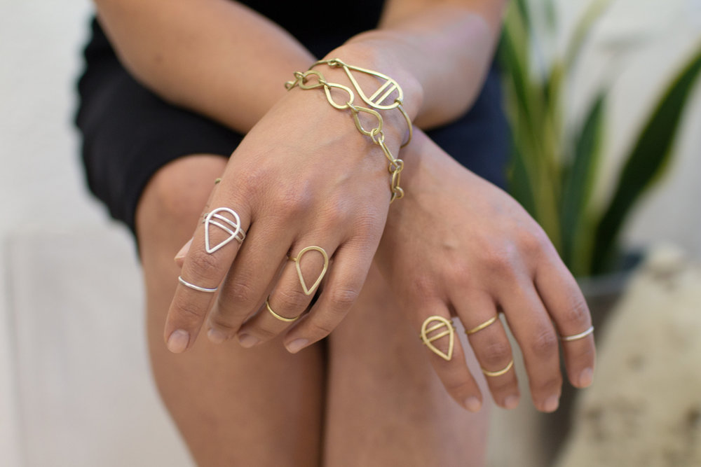 strata-bracelets-and-rings