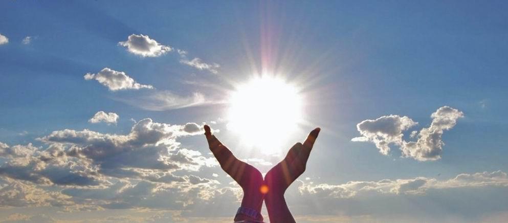sun-hands-clouds-solar_power.jpg