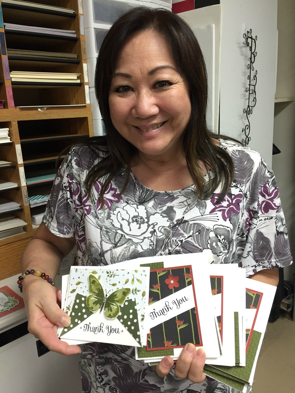 Lori Nasu and her beautiful cards.