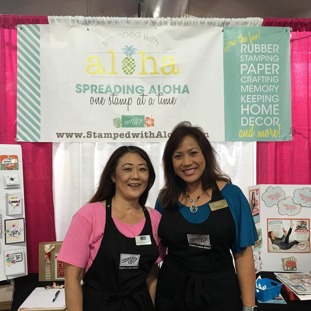 Lorene and Michelle at the Expo - www.stampedwithaloha.com
