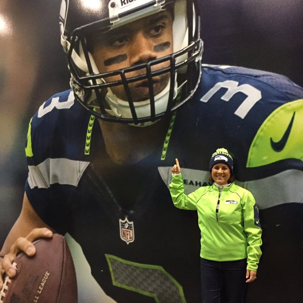 Russell Wilson Fan - www.stampedwithaloha.com