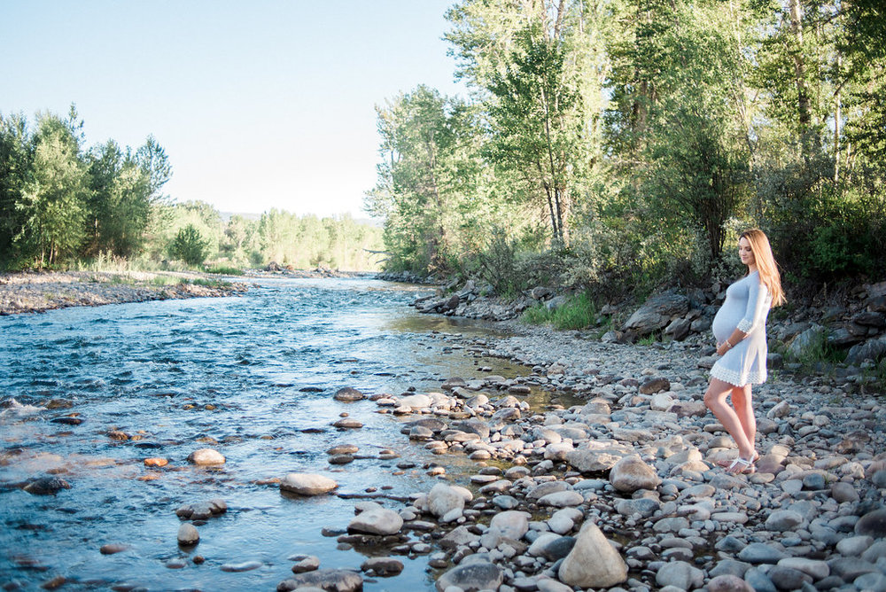 Beautiful Bozeman maternity session
