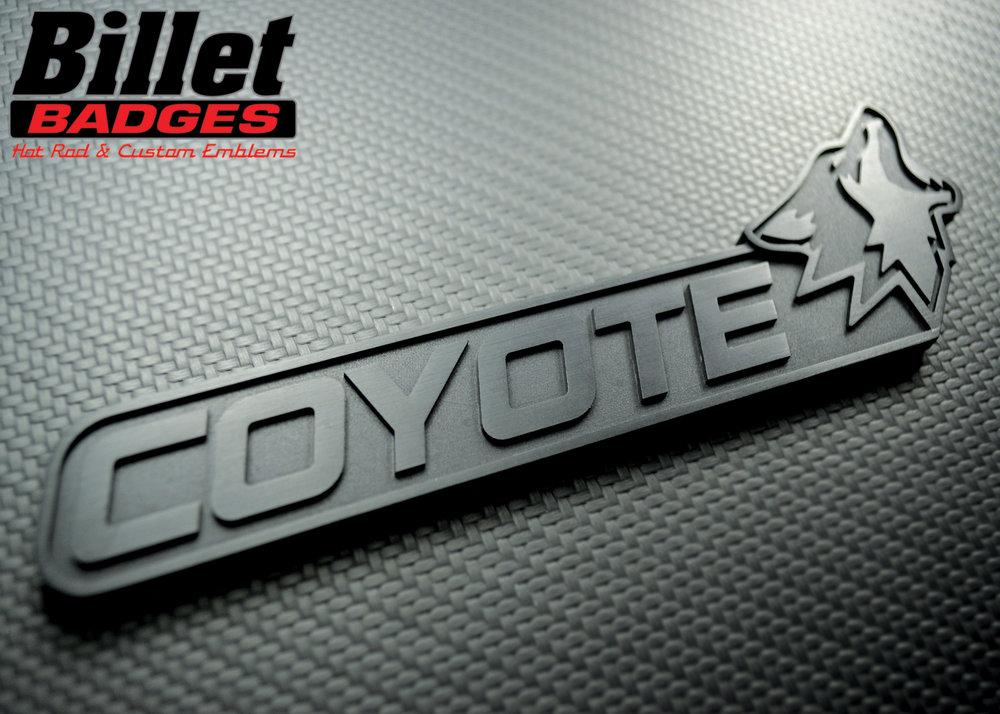 coyote_ford_mustang_custom_badge.jpg