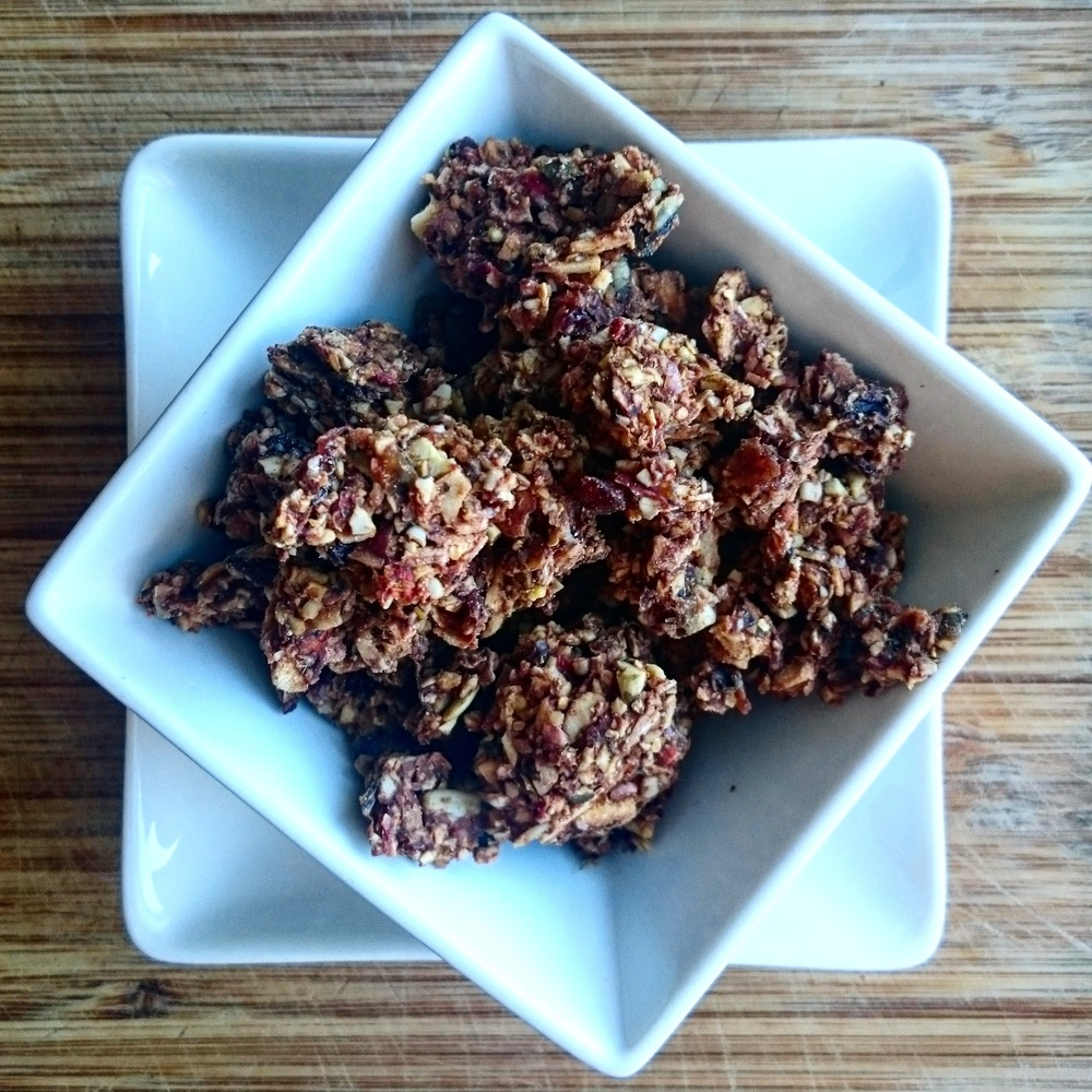 APPLE & BUCKWHEAT GRANOLA