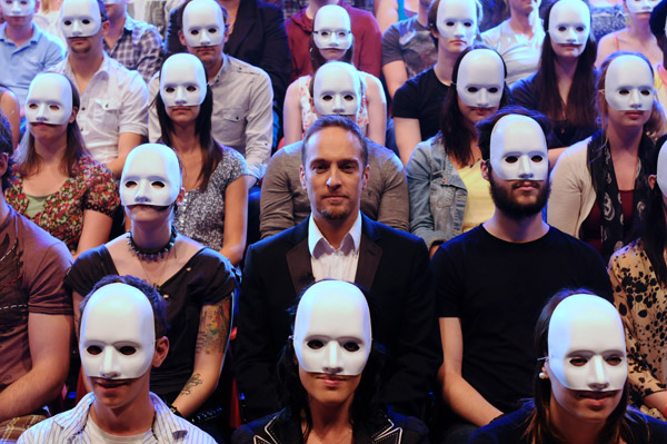 Derren Brown's Social Grouping Experiment