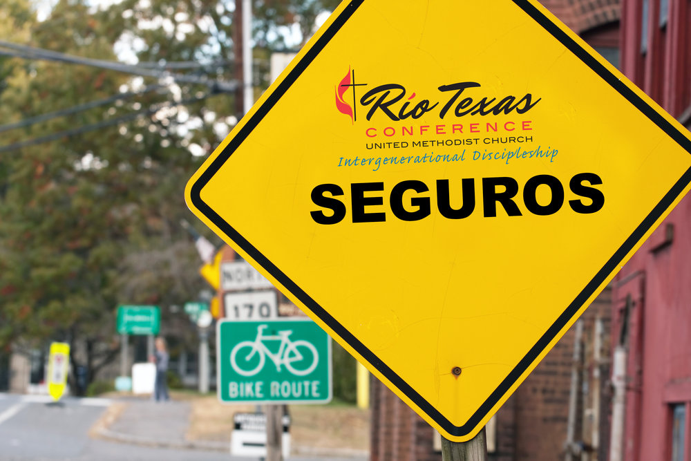yellow-seguros-sign.jpg
