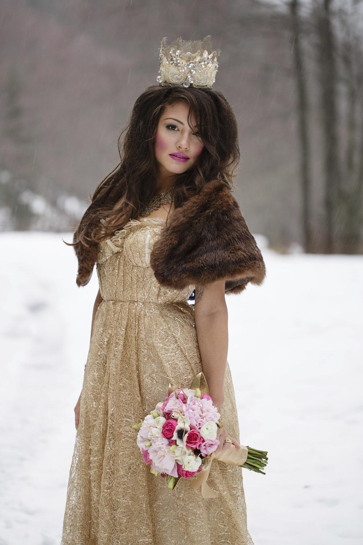Snowy Glam-45.jpg