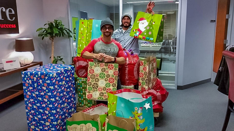 jake-&-I-with-gifts-wrapped.jpg