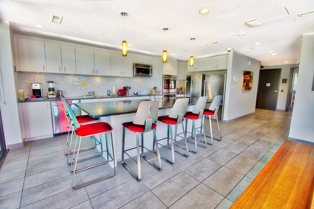 Copy-of-DSC_9122_HDR-Main-kitchen-2.jpg