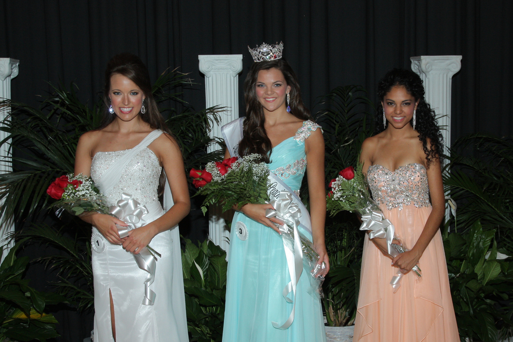 Left to right:  First Runner Up Sarah Atkerson, 2014 Lexington County Peach Queen Kaylee Cuthbertson, and Second Runner Up Meera Bhonsle`.