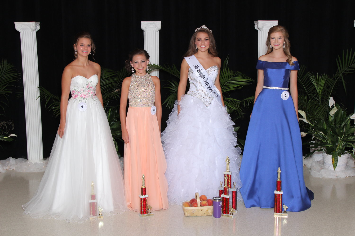 Junior Division and Miss Peach Pageant Winners — Lexington