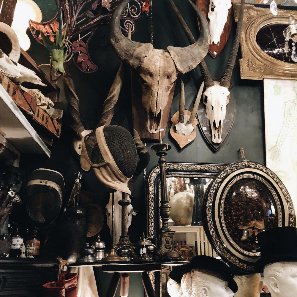My favorite knick-knack shop, L'Objet qui Parle.