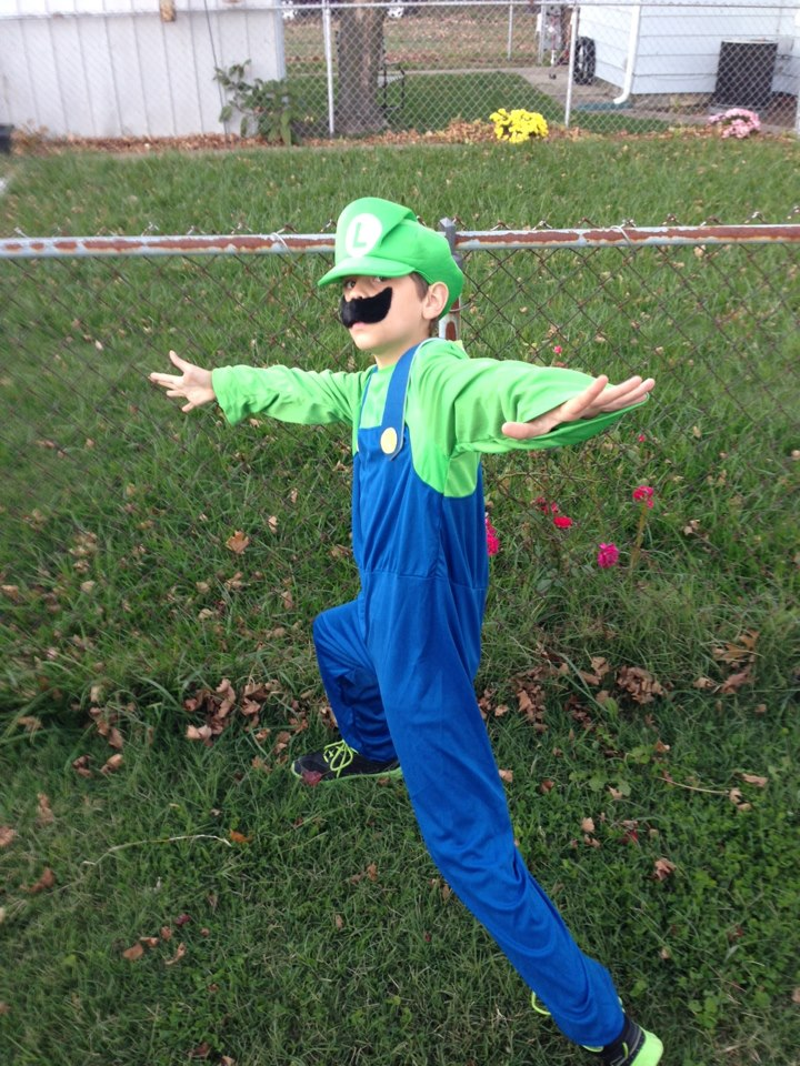 Luigi Halloween 2012