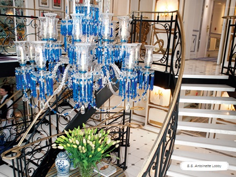 SS Antoinette; chandelier from  Tavern on the Green   Photo courtesy of Uniworld Boutique River Cruise Collection
