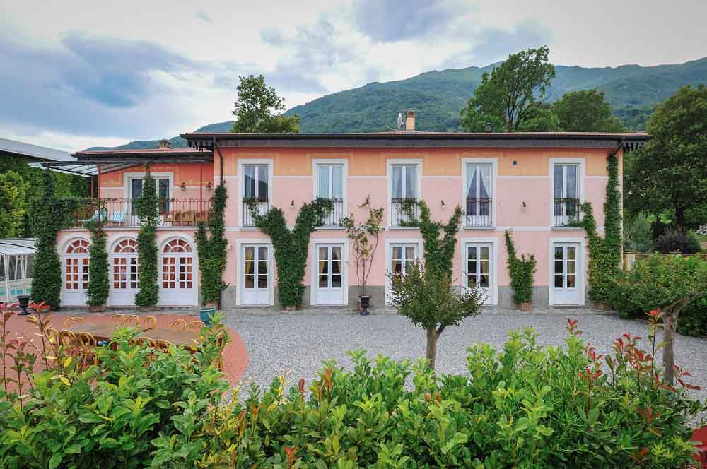 The wedding ceremony, on Lake Como, will take place at this villa. Where do you need a villa?