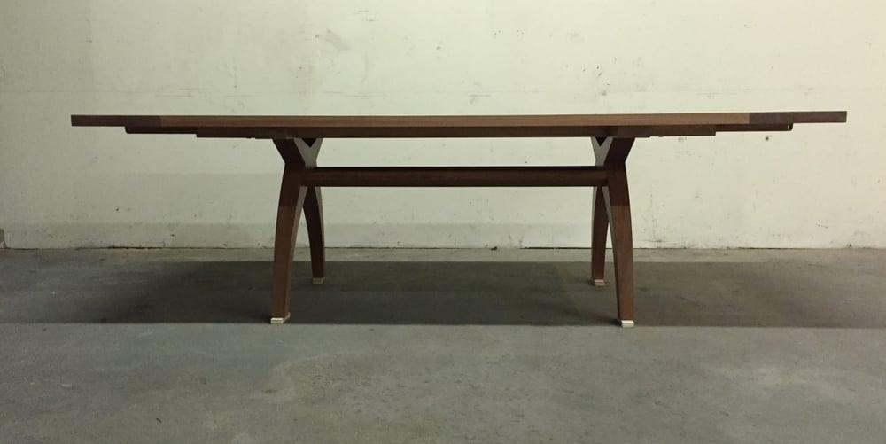 The Dea dining table in mahogany