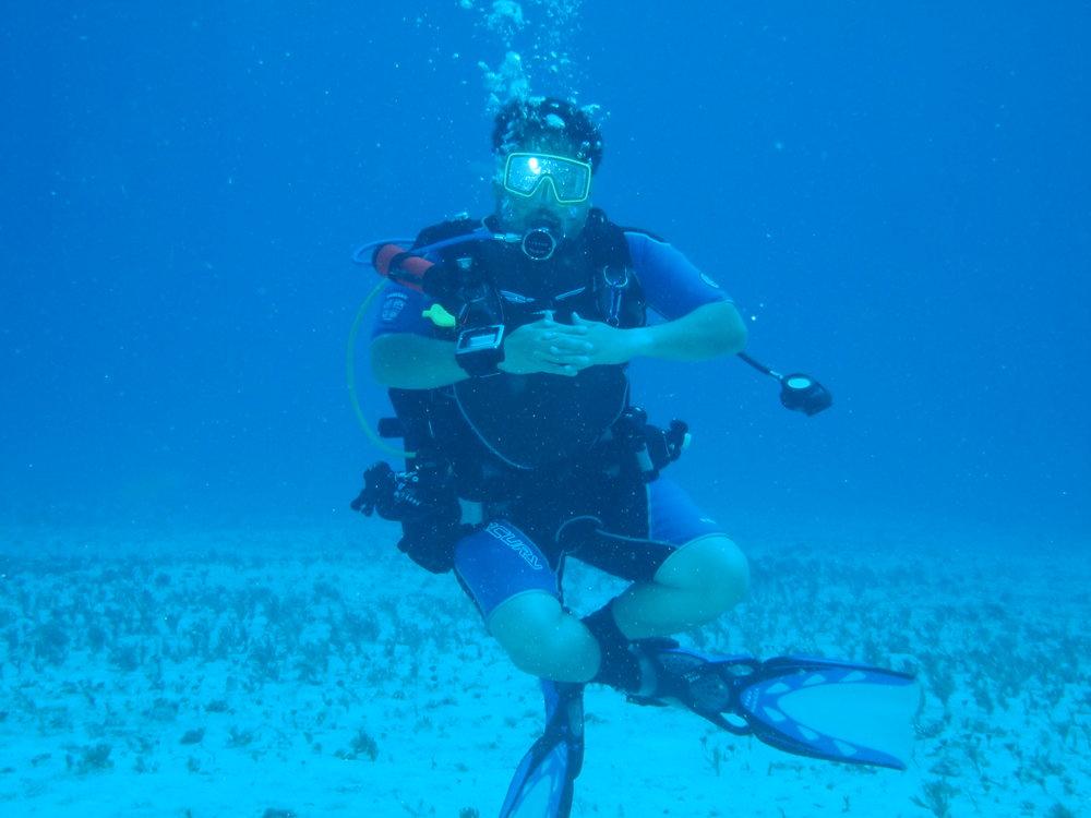 Scuba Diving- Cancun Cozymell