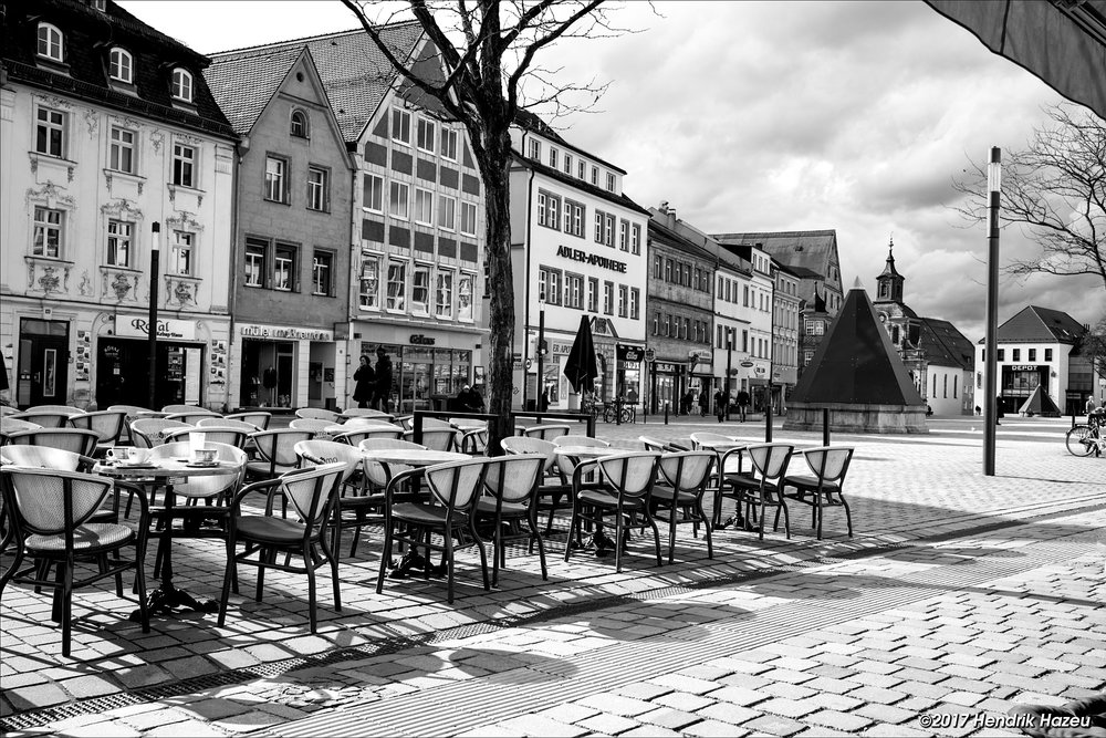 First spring sun in Bayreuth, Fuji X-Pro2 with XF 23 mm / f2, SOOC ACROS JPEG