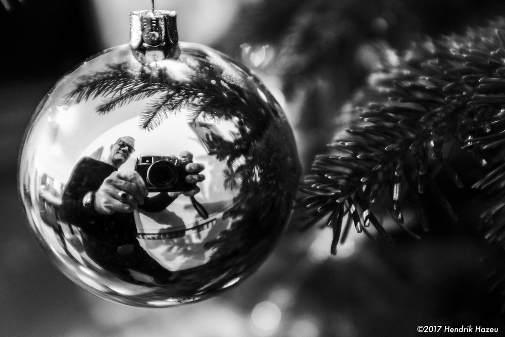 "Me & ""Irene"" reflected in X-mas deco, Fuji X100F @f2.8, ACROS JPEG in LR CC mobile"