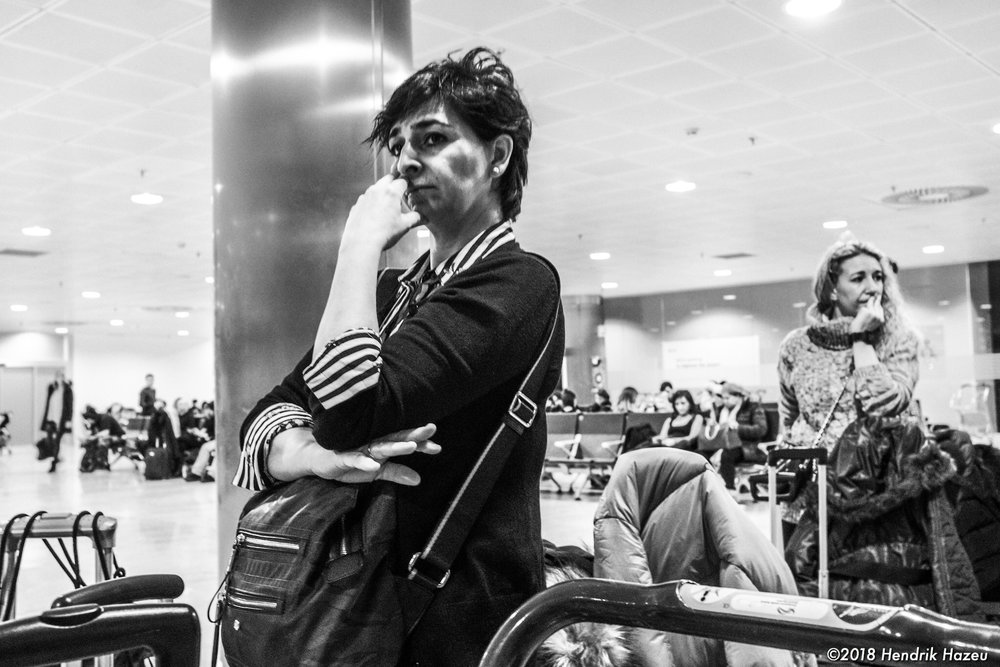 Waiting for the plane to go, Fuji X100F @ f/5.6, 1/20sec, ISO 1600, developed in LR CC mobile