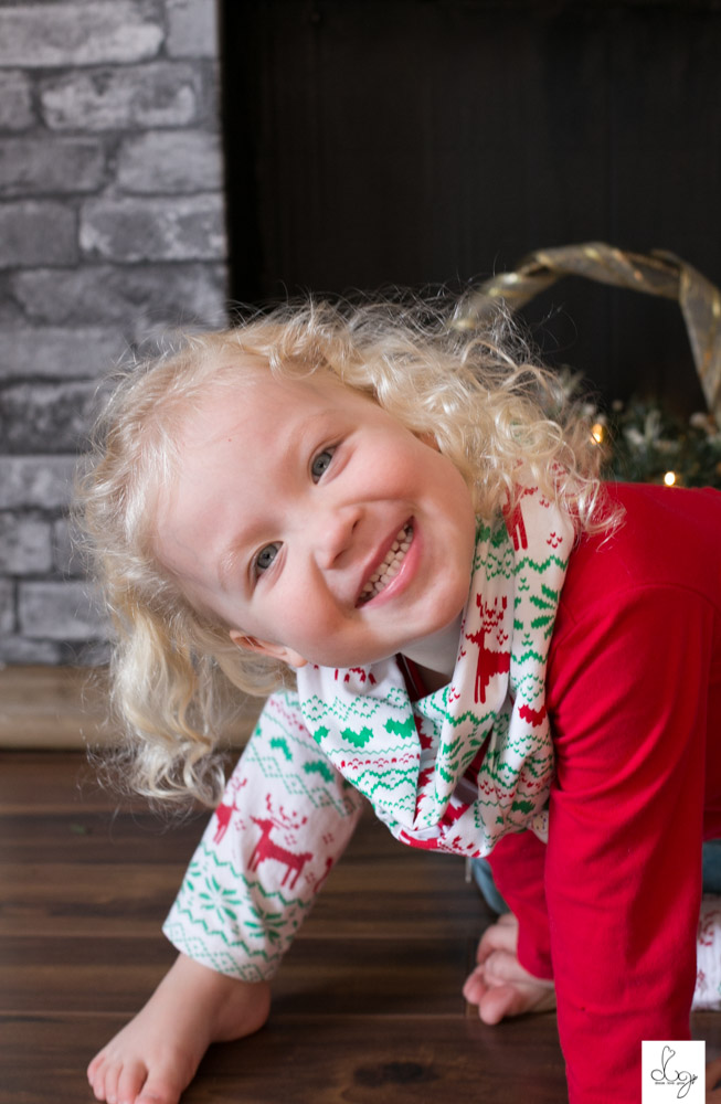 Qwynn Christmas Photo Shoot 2015 LO RES-9465.jpg